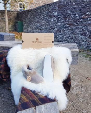Shepherd slipper Emmy Stone
