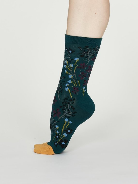Thought Amice Sock