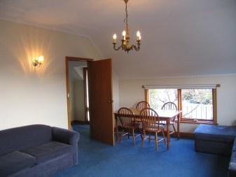 1424929281-16726-lounge
