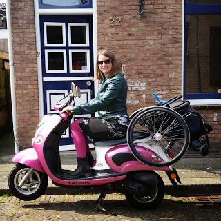 rolstoel op scooter