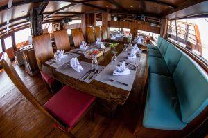 Indoor Restaurant Sea Safari VII a