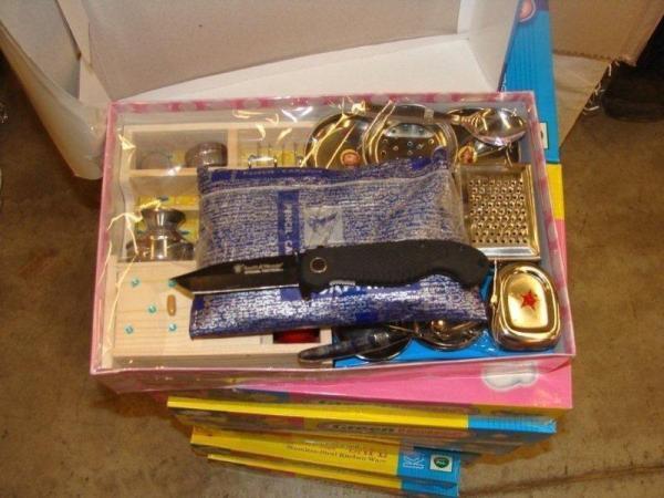 مواد مخدر مشکوک در داخل اسباب بازی های کودکان