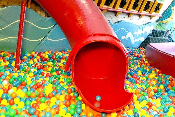 12 best indoor playgrounds in Toronto