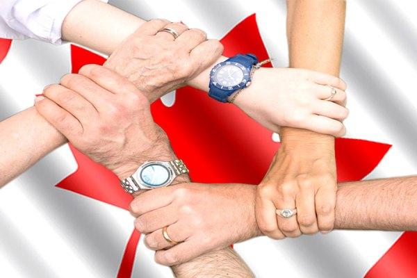 مهم است توجه کنیم  که اهداف  برنامه به هم رساندن خانواده ها در کانادا چنان تعیین می شوند که در عین حال بتوان از تقلب جلوگیری کرد