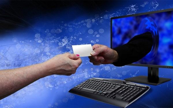 شماره و مشخصات کردیت کارت خود را به هیچ وجه به شرکتی که نمی شناسید و به آن دسترسی ندارید ندهید.