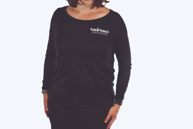 lr embrace shirt black 01