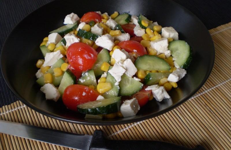 Görög saláta kukoricával