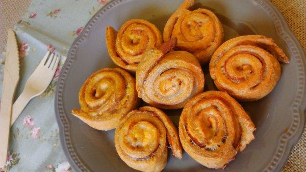 Baconos tekercs (csiga) útifűmaghéjjal, diétásan