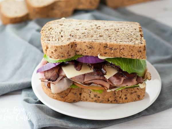 csökkentett szénhidráttartalmú kenyér
