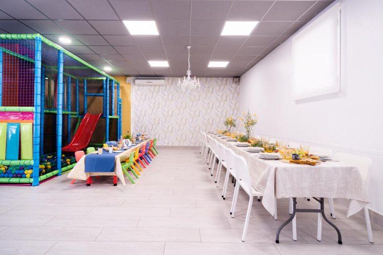 Sala tu encuentro - Comedor y mesas 3