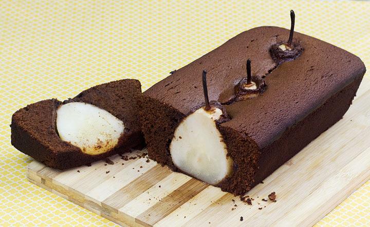 Bolo de Pêra Inteira com Chocolate