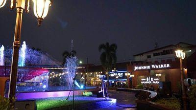 Plaza-de-la-fuente-Vientiane