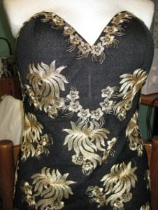 корсет черного платья