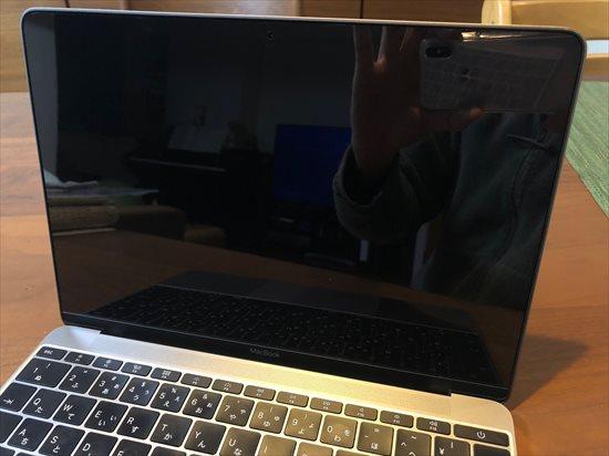 macbook保護フィルタ 光沢・グレア