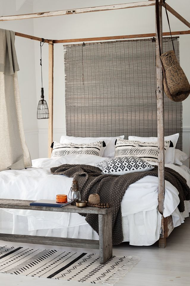 to decorate your four poster bed