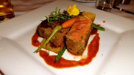 Beef with Potatoes and Asparagus.