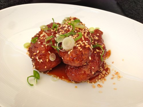 Asian Style Chicken Wings (8/10).