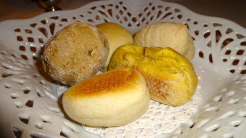 Bread (6/10).