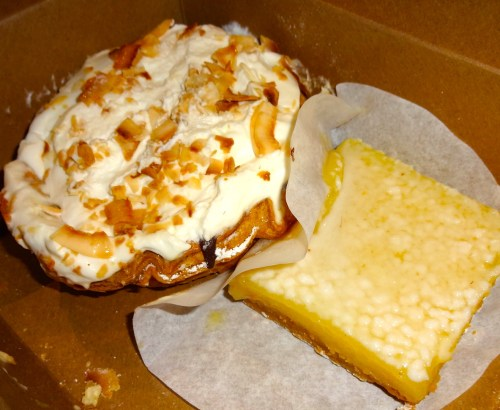 Coconut Cream Pie (8.5/10) and Lemon Bar (8.5/10).