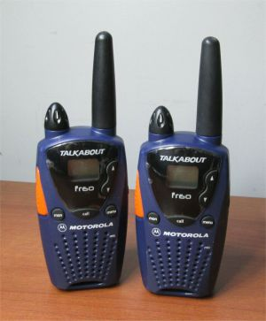 Pair of  Motorola Talkabout FR60 Two 2 Way Radio Walkie Talkie