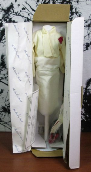 Danbury Mint The Princess Diana Royal Wardrobe 773005 Tailored Off-White Suit