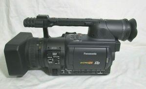 PANASONIC AG-HVX200AP DVCPRO HD P2 CAMCORDER LOW HOURS