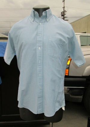 L.L. Bean Dress Shirt, Button Down Shirts, Short Sleeve Light Blue 100% Cotton