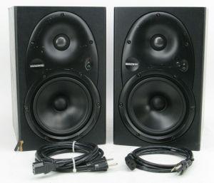 Pair of Mackie HR624 Powered Studio Monitor Speakers