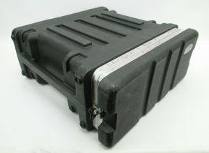 SKB 4-RU Shallow Roto Equipment Rack 4-Space Molded Road Flight Case SHORTY 4U