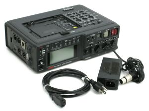 Fostex PD-4 Professional Portable DAT Digital Audio Tape Recorder / Player