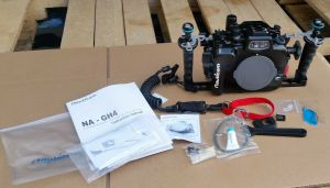 Nauticam NA-GH4 Underwater Housing for Panasonic GH4 4K Camera CLEAN!