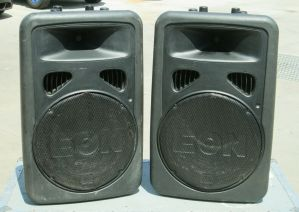 PAIR of JBL EON 15 G2 Active Powered PA Speakers 3-Input 15-in 300W w/ Road Case