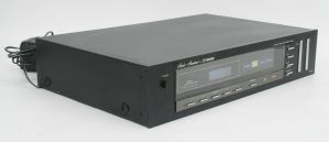 Vintage Fisher Studio-Standard FM-600 Stereo AM FM Tuner