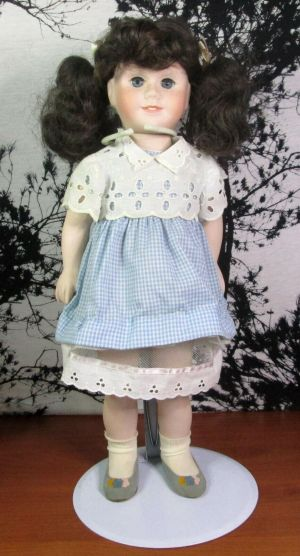 Vintage Mattel 1981 Chatty Cathy Porcelain Talking Doll Blue Dress 20""