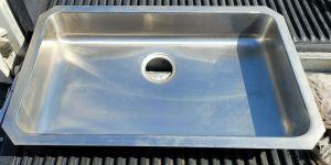 "Elkay 27"" Stainless Steel Sink Undermount 27"" x 15"" Basin"