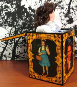 Enesco The Wizard Of Oz Dorothy Musical Jack In The Box 50 Anniversary Limited