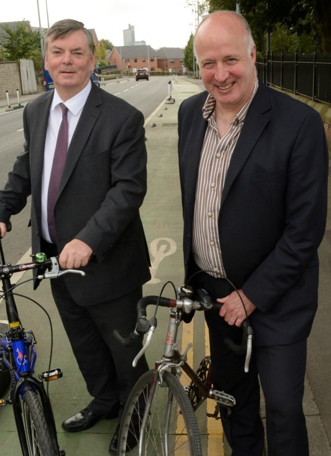 BroughtonCyclewayslaunch-CllrChrisPaul(right)CllrRogerJones crop