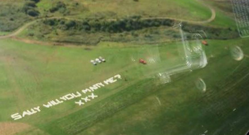wedding-proposal-city-airport-barton-crop