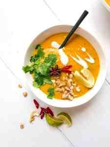 Vegan Curry Cauliflower Soup