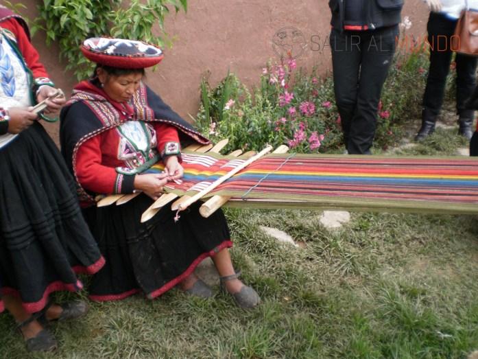 Explicaciones textiles en Chinchero