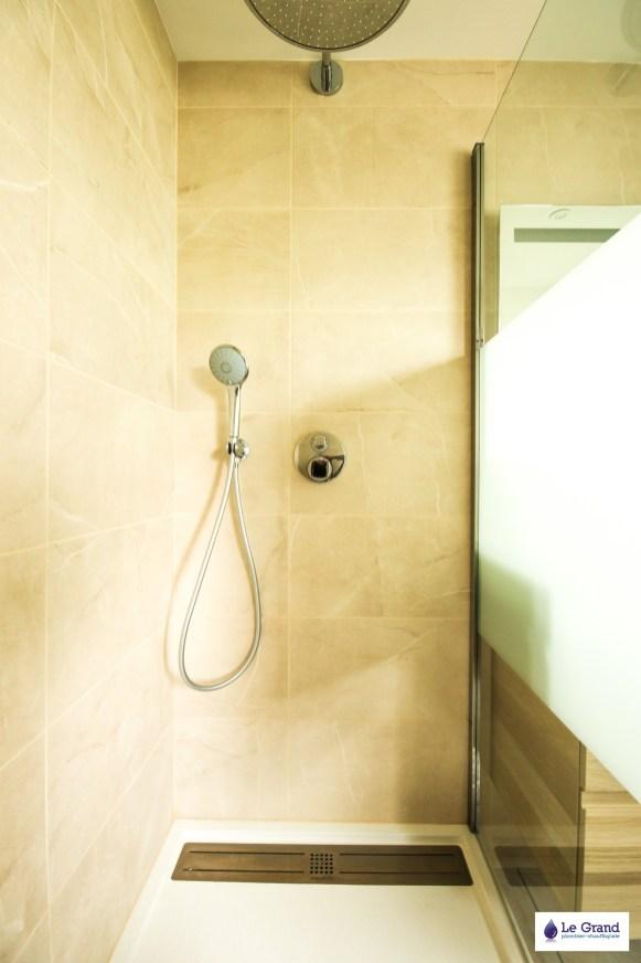 le-grand-plombier-chauffagiste-salle-de-bains-rennes-plomberie-agencement-douche-Acquabella(1)