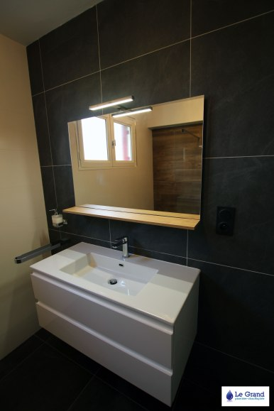 Le-Grand-Plombier-Salle-de-bains-Rennes-Talensac-Douche-imitation-bois (3)