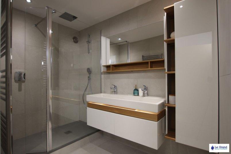 le-grand-plombier-rennes-salle-de-bains-jacob-delafon-terrace-douche-italienne-robinetterie-encastree-Hansgrohe (1)