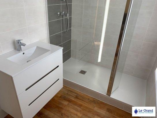 le-grand-rénovation-salle-de-bains-Rennes-plombier-carrelage (2)