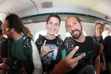 Skydiving 090