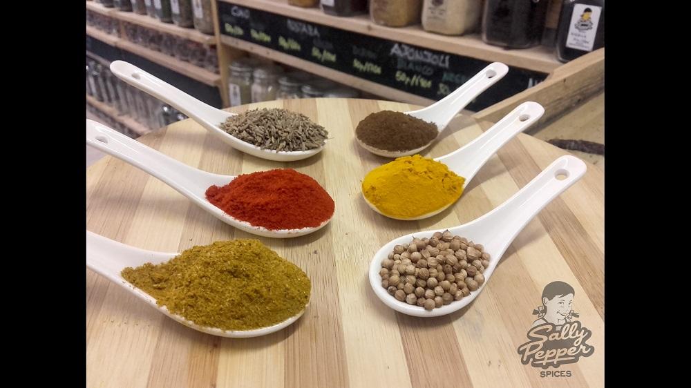 Especias para Pollo Tikka Masala: Garam masala, Pimentón dulce, Comino, Clavo de olor molido, Cúrcuma y Cilantro.