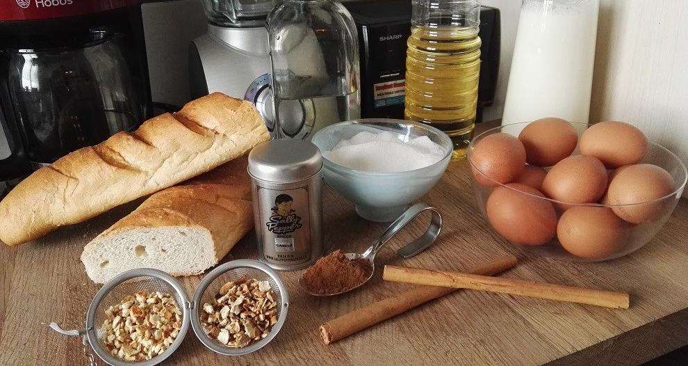 Ingredientes para las torrijas de leche: Pan, Leche, Agua, Canela de Ceylán, Canela molida, Corteza de limón, Corteza de naranja, Azúcar, Huevos, Aceite de girasol.