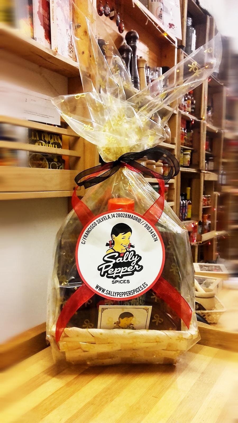 Sally Pepper-Spices-Tienda-de-especias-en-Madrid-cestas regalo-navidad-900 x 1600