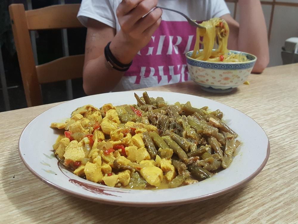 sally pepper-spices-tienda-especias-madrid-receta-curry-pollo-berenjenas-judías verdes