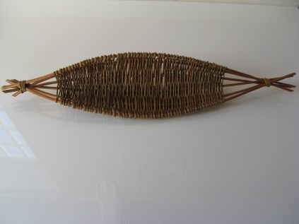oval willow frame basket